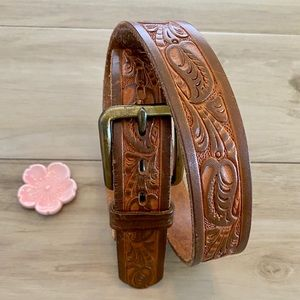 Western Style Tooled Leather Belt - Large - 28-30